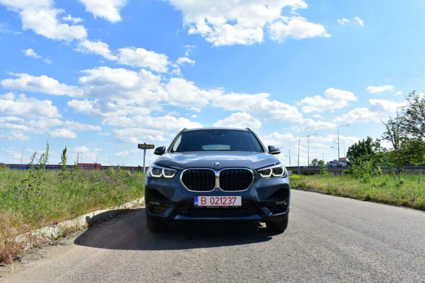 2020 BMW X1 xDrive20i 75 830x553