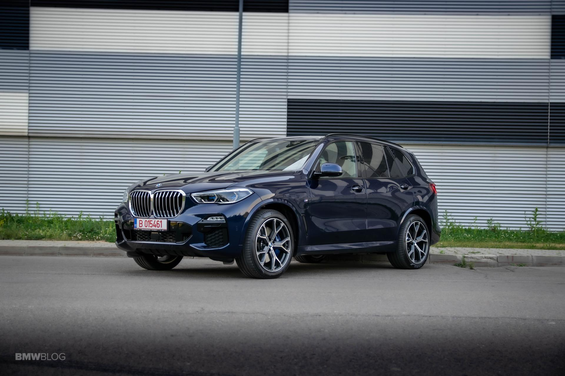 2020 BMW X5 xDrive45e Review 42