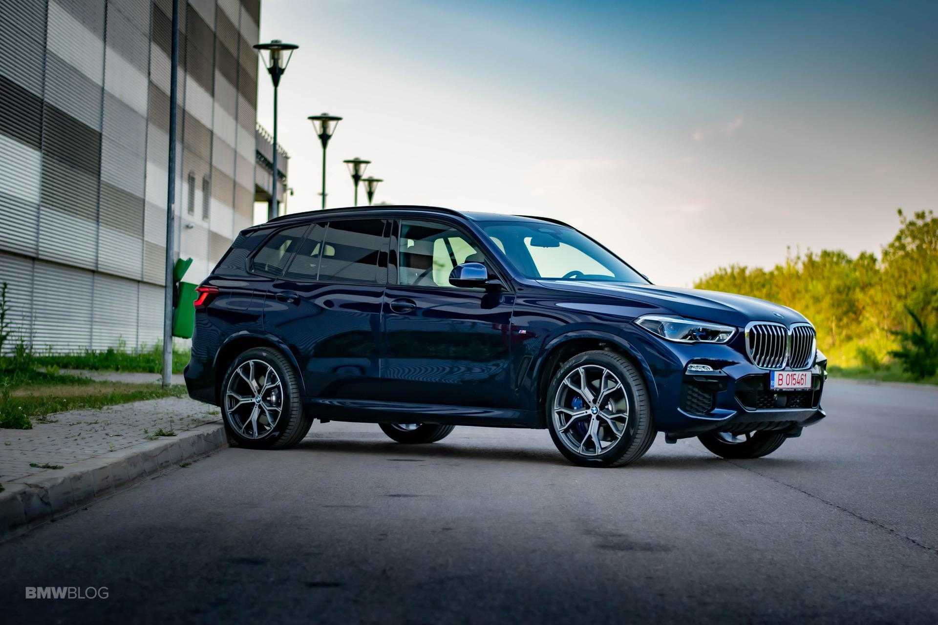 2020 BMW X5 xDrive45e Review 46