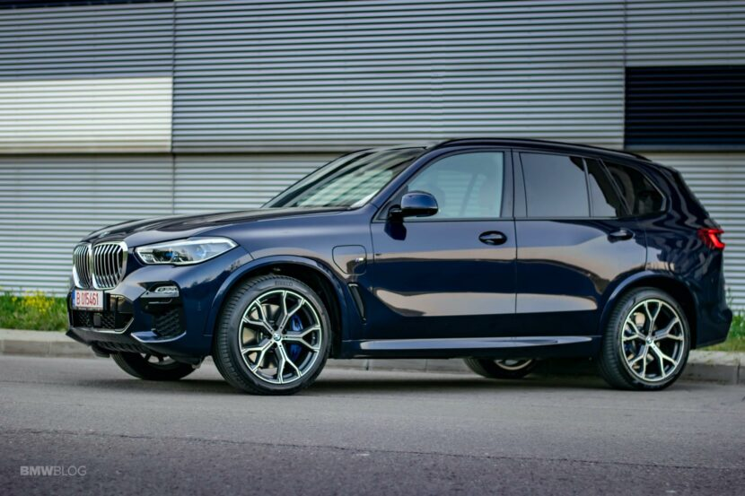 2020 BMW X5 xDrive45e Review 51 830x553