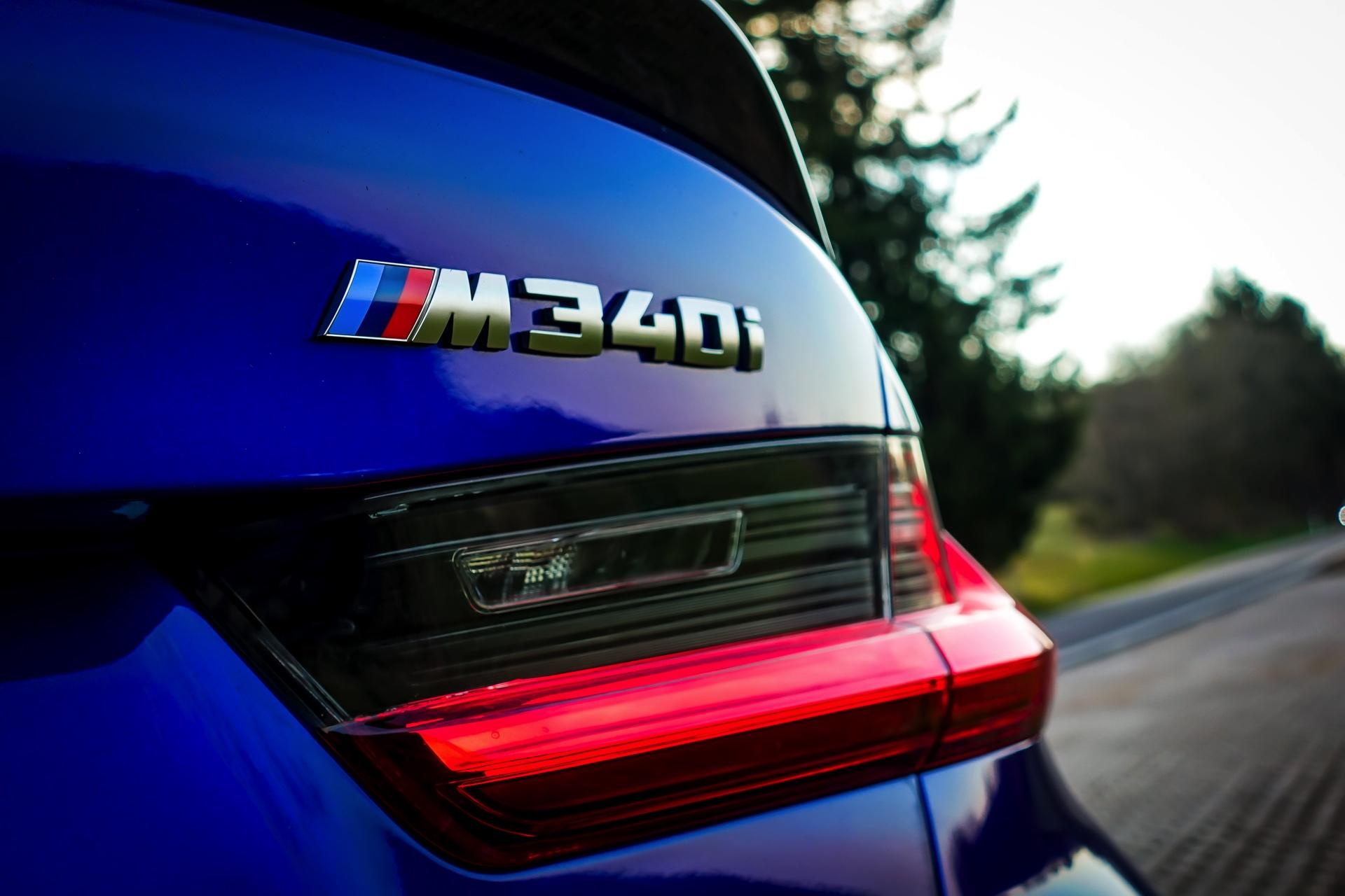 BMW M340i G20 Individual San Marino Blau 14