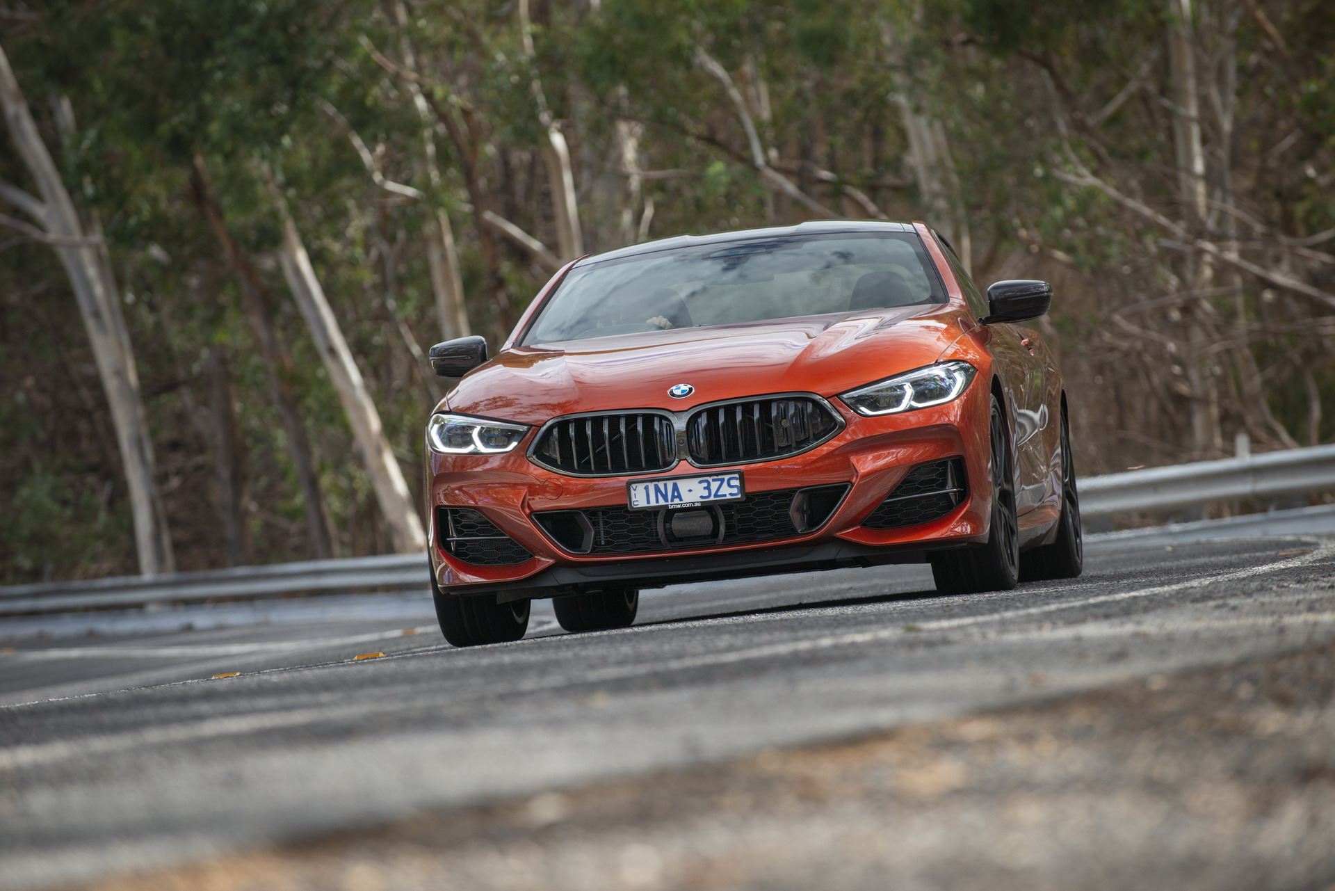 BMW M850i xDrive Coupe in Sunset Orange AU 27