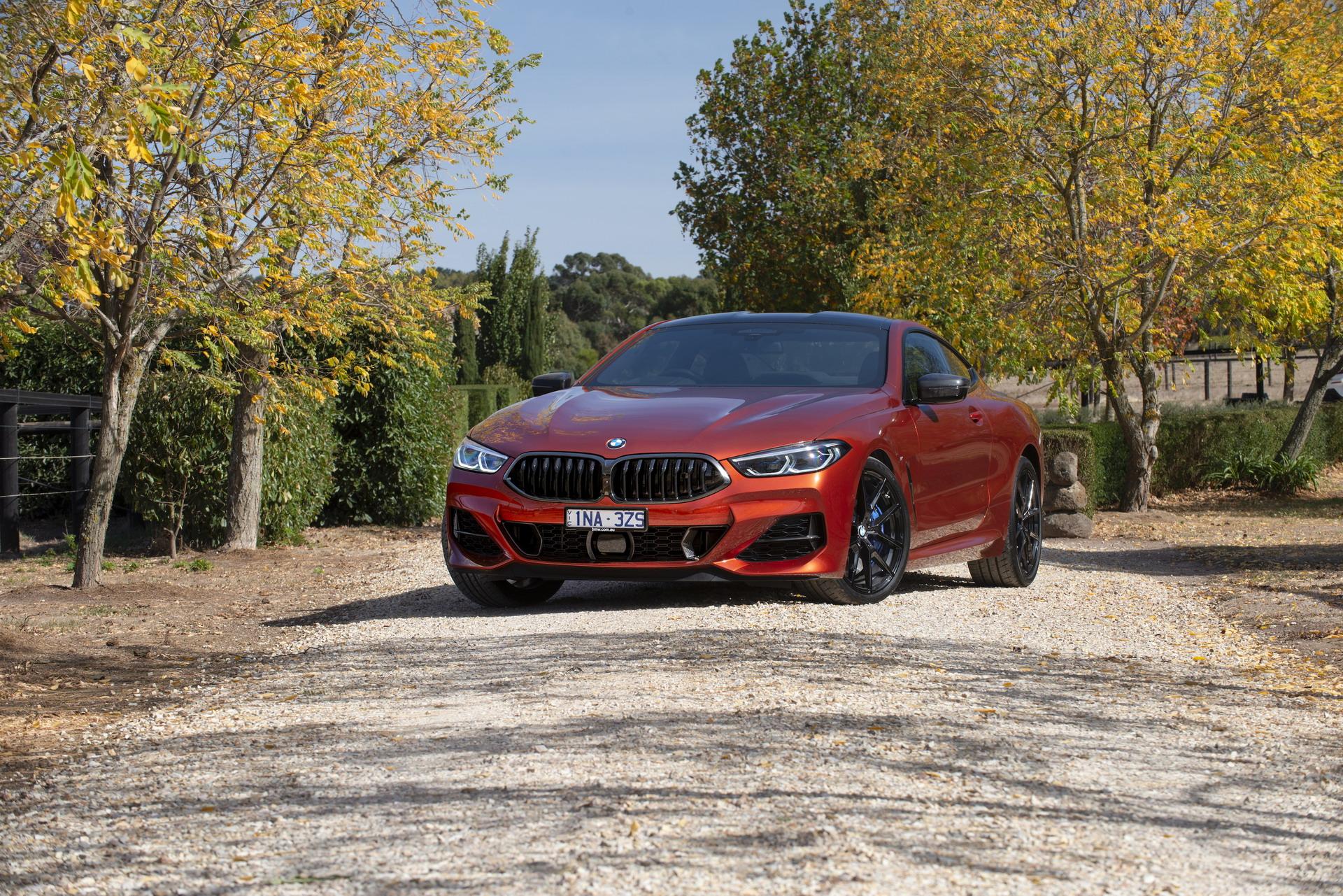 BMW M850i xDrive Coupe in Sunset Orange AU 55