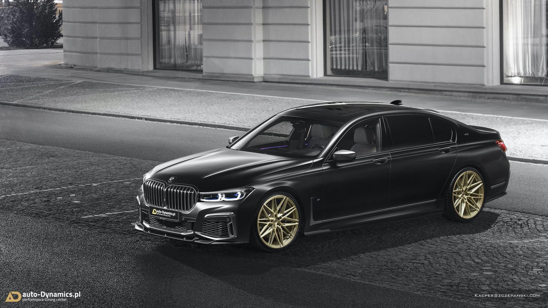 Frozen Black BMW M760Li xDrive 00