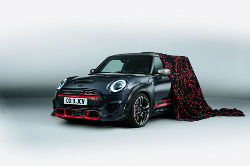 MINI John Cooper Works GP 21 830x553