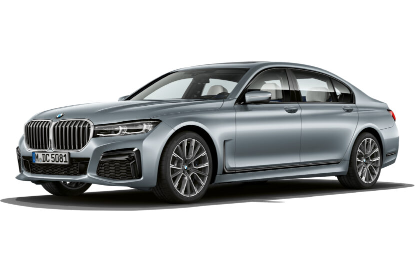 The BMW 7 Series in Frozen Bluestone metallic 1 830x553
