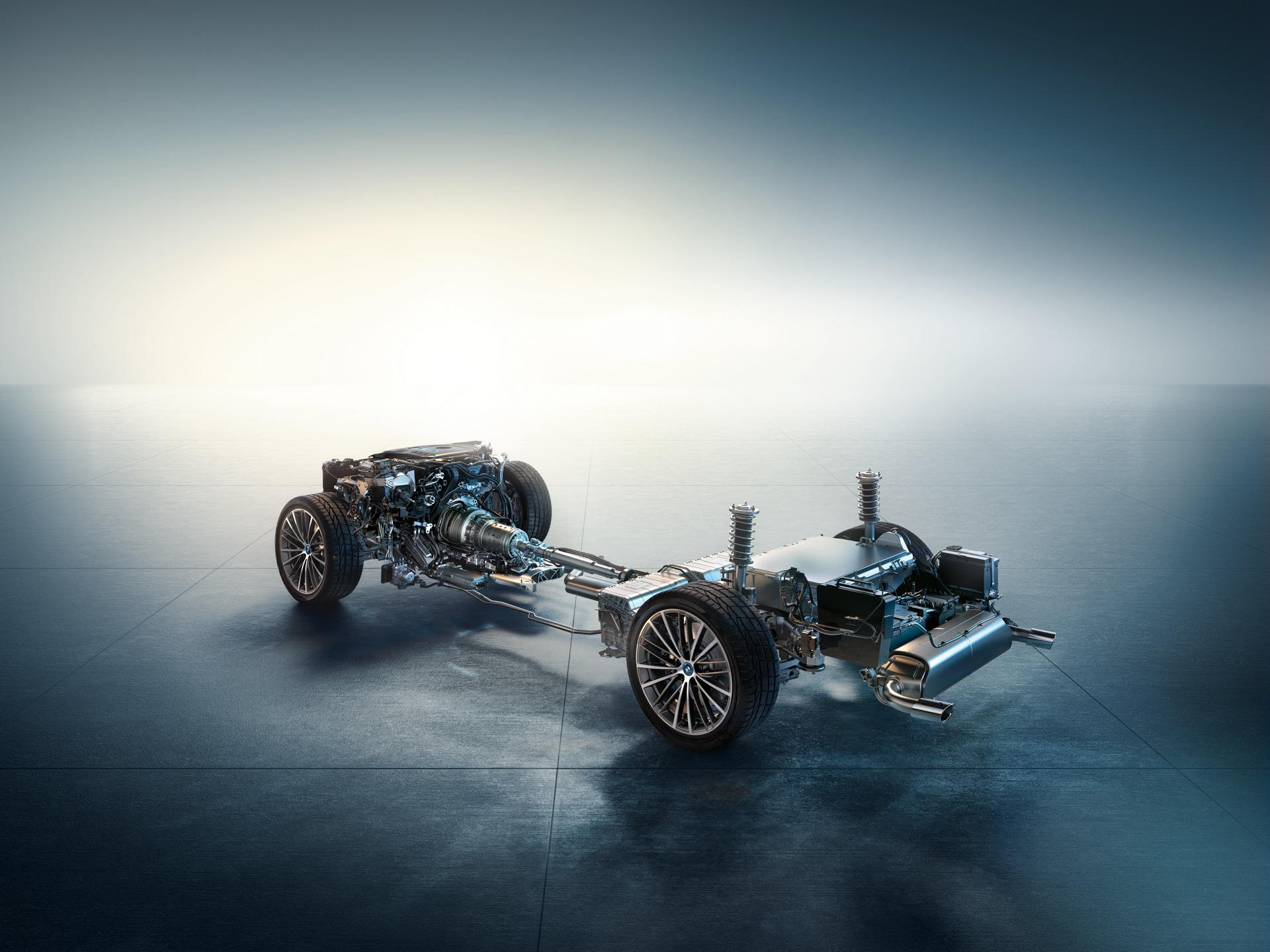 The New BMW 5 Series LCI Engines 6