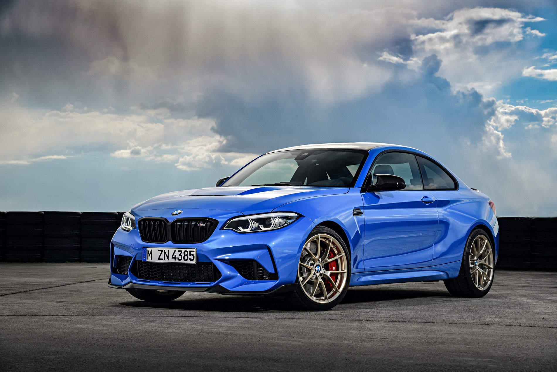 2021 BMW M2 CS Misano Blue 85