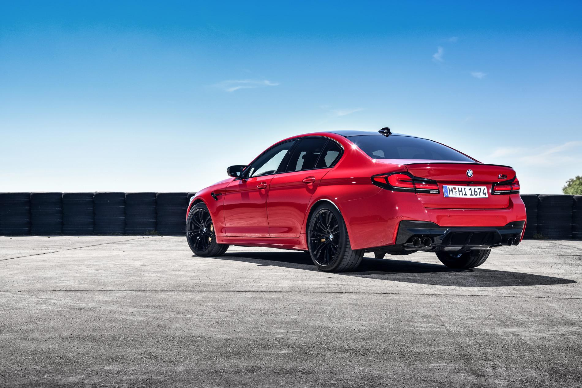 2021 BMW M5 Facelift goes for a track run