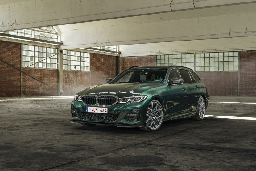 BMW 3 Series Touring Peridot Green 00 830x553
