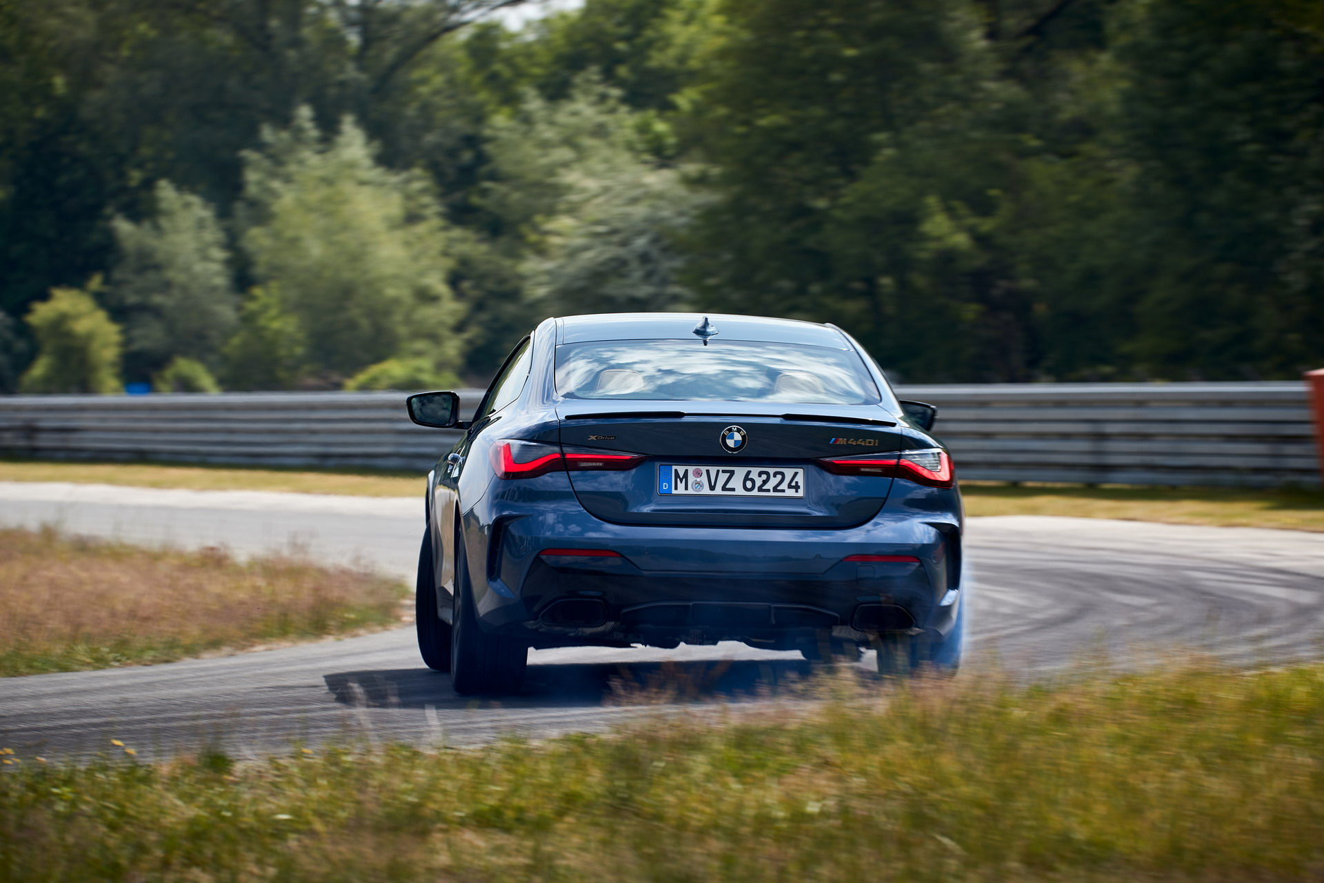Digital Premiere for the new BMW 4 Series Coupe 13