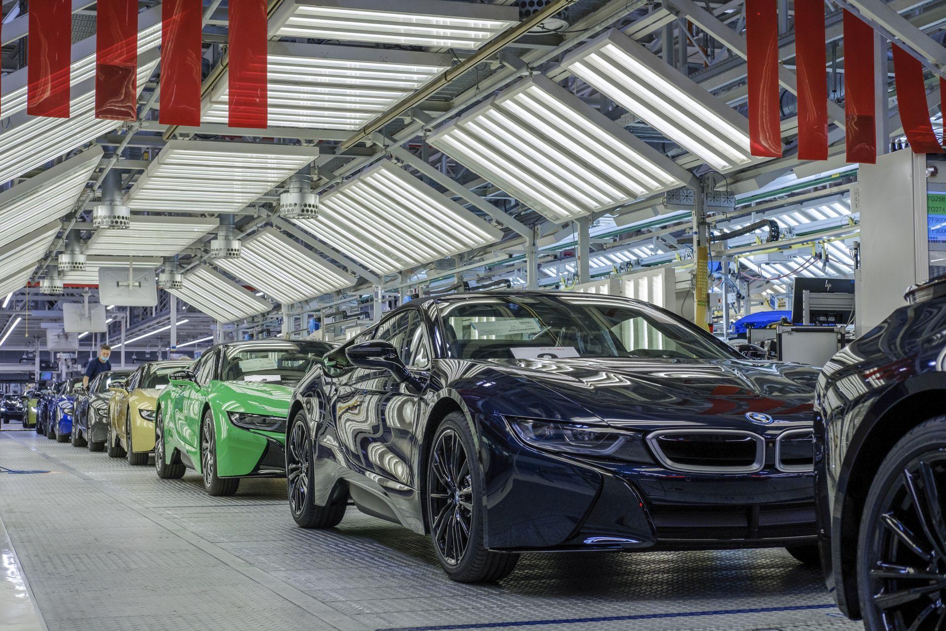 Final BMW i8 Models 44