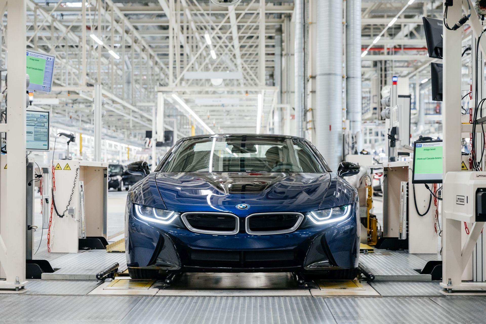 Final BMW i8 Models 54