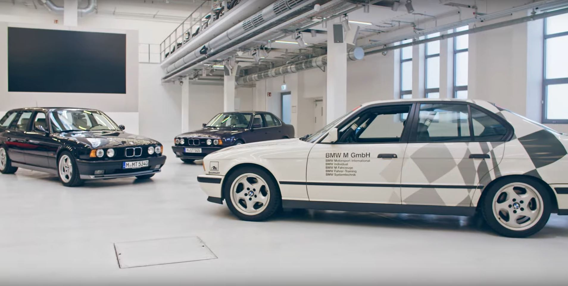 Video Bmw Group Classic Presents The Various Faces Of The E34 M5