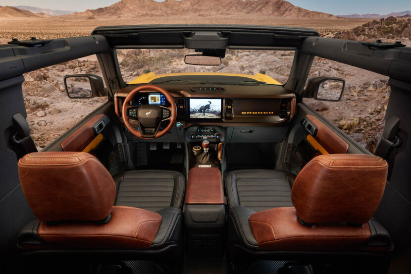 2021 Ford Bronco 14 830x553