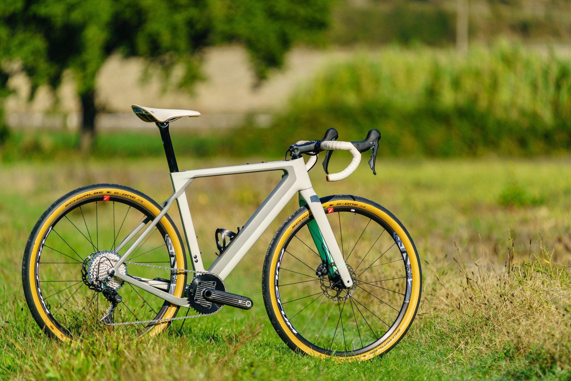 3T BMW Exploro Bike 00