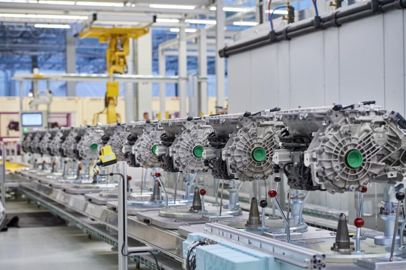 Competence Centre for E Drive Production in Dingolfing 5 830x553