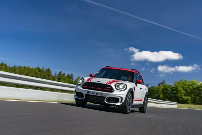 MINI John Cooper Works Countryman with 306 hp 05 830x553