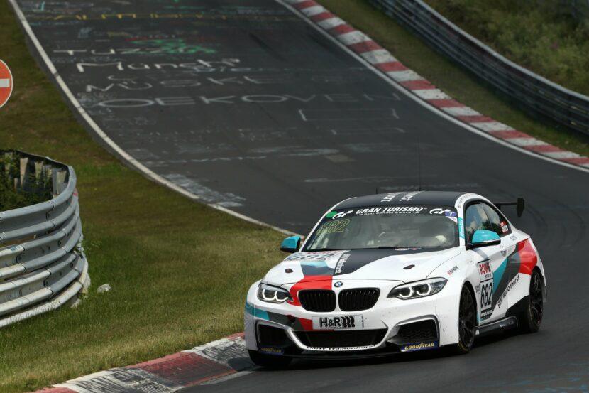 P90393310 highRes nuerburgring ger 12t 830x553