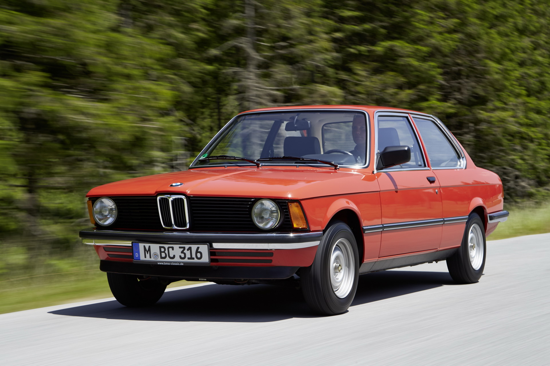 The E21 BMW 3 Series 13