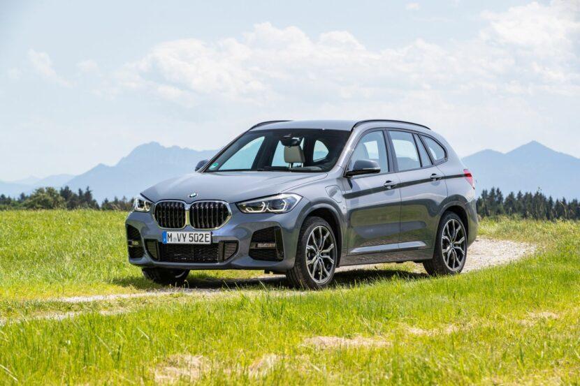 2020 BMW X1 xDrive25e 31 830x553
