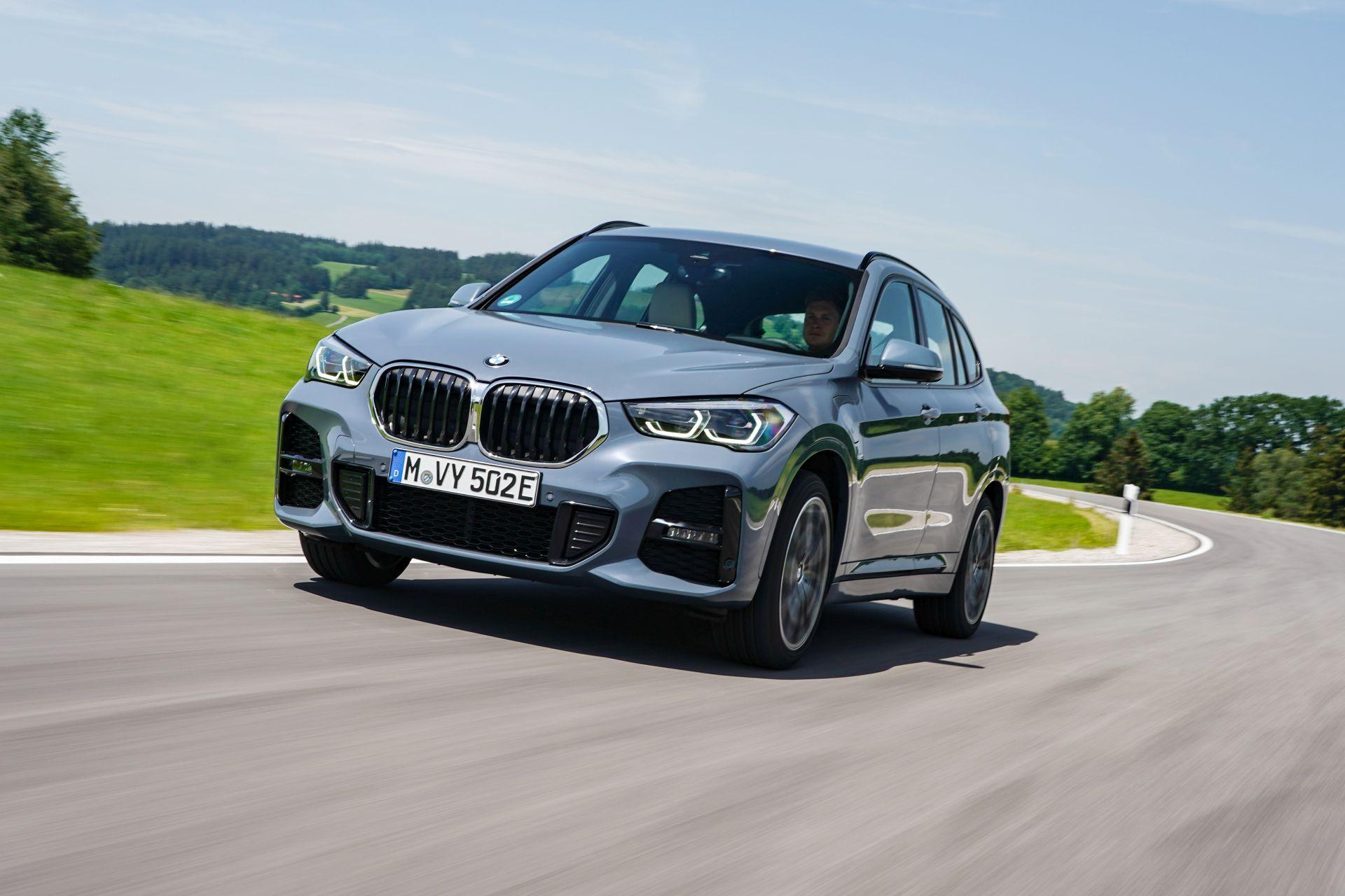 2020 BMW X1 xDrive25e 37