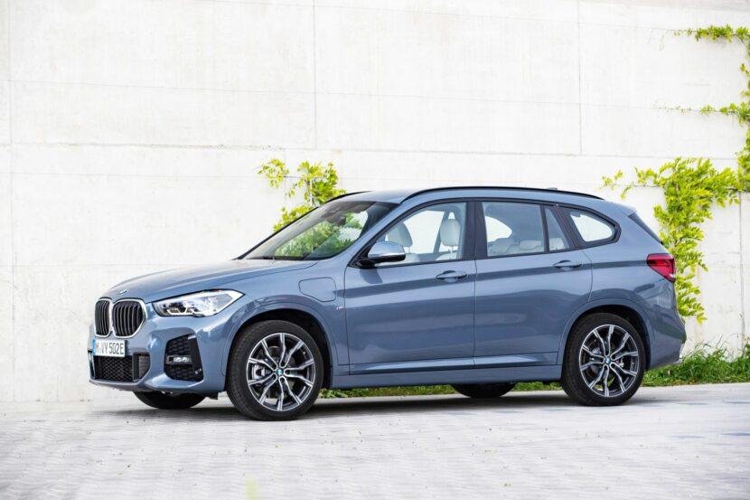 2020 BMW X1 xDrive25e 41 830x553