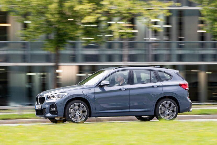2020 BMW X1 xDrive25e 44 830x553