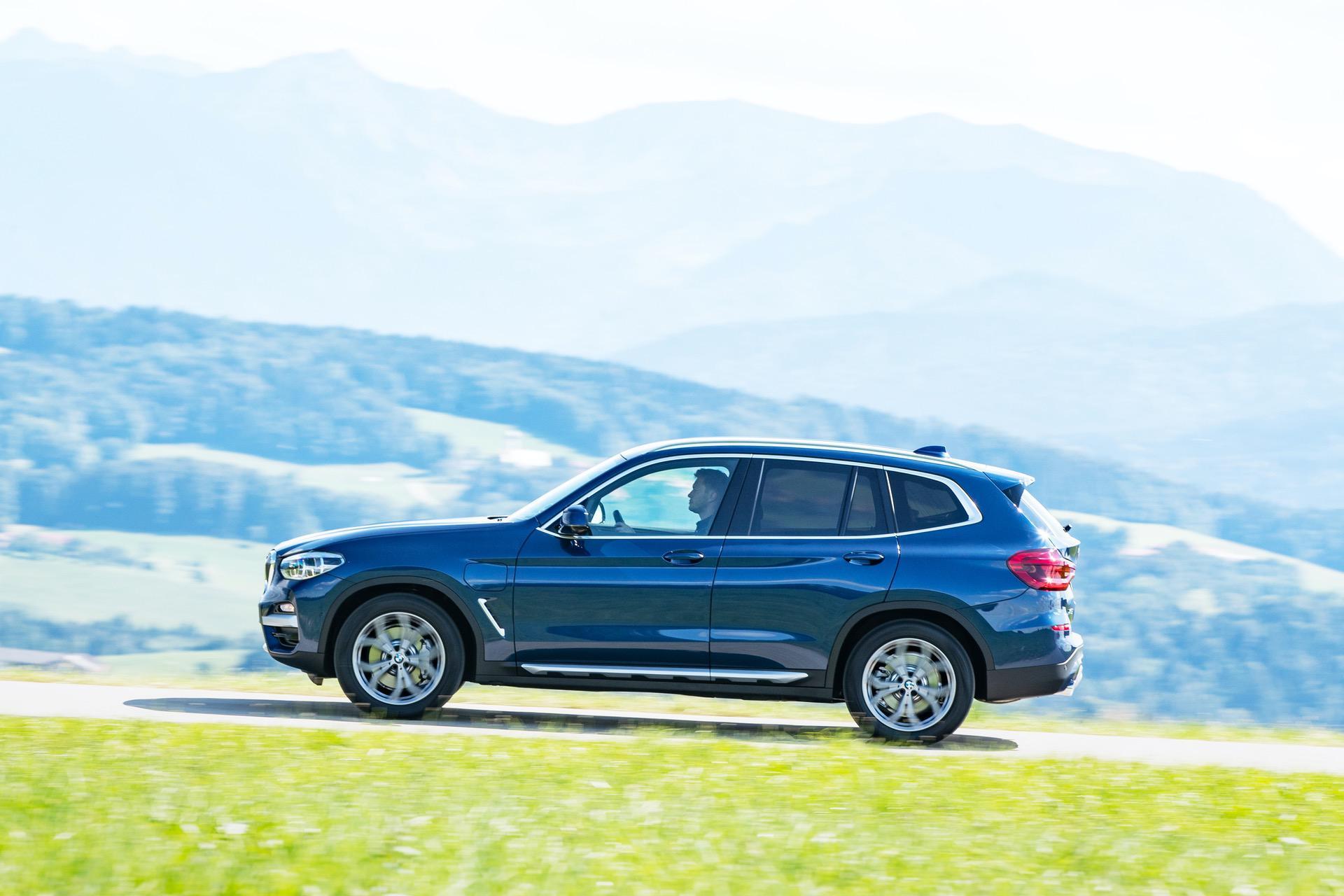 2020 BMW X3 xDrive30e hybrid 04