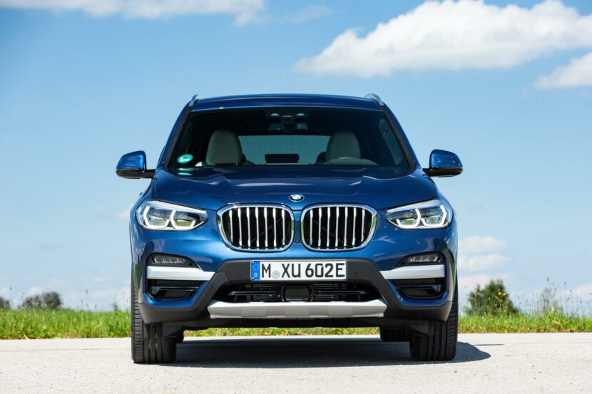 2020 BMW X3 xDrive30e hybrid 07 830x553