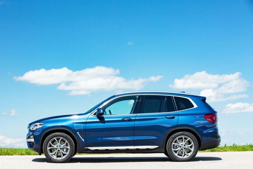 2020 BMW X3 xDrive30e hybrid 09 830x553