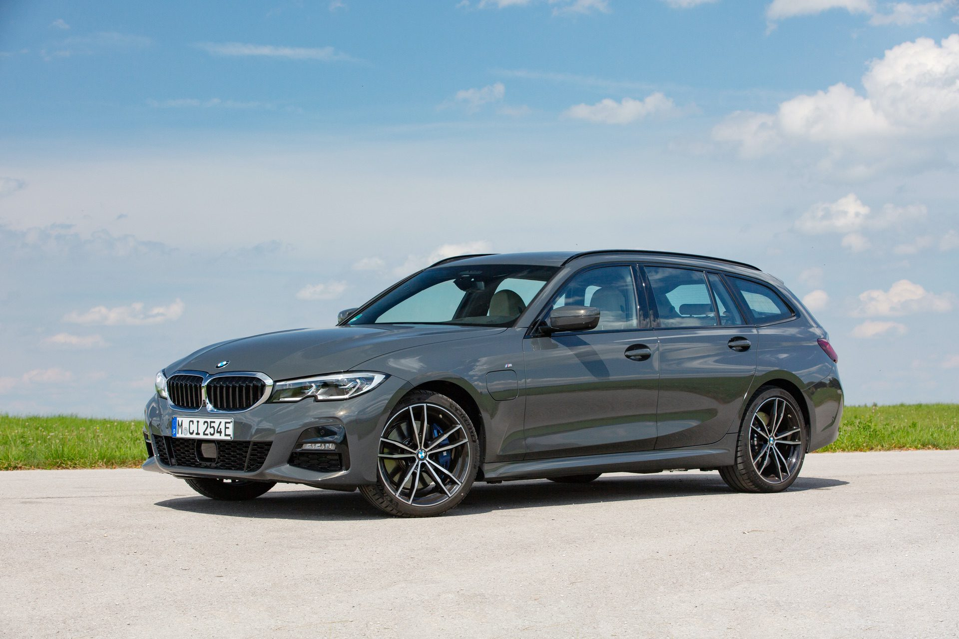 Bmw 330e Touring Is This The Ideal Sports Wagon