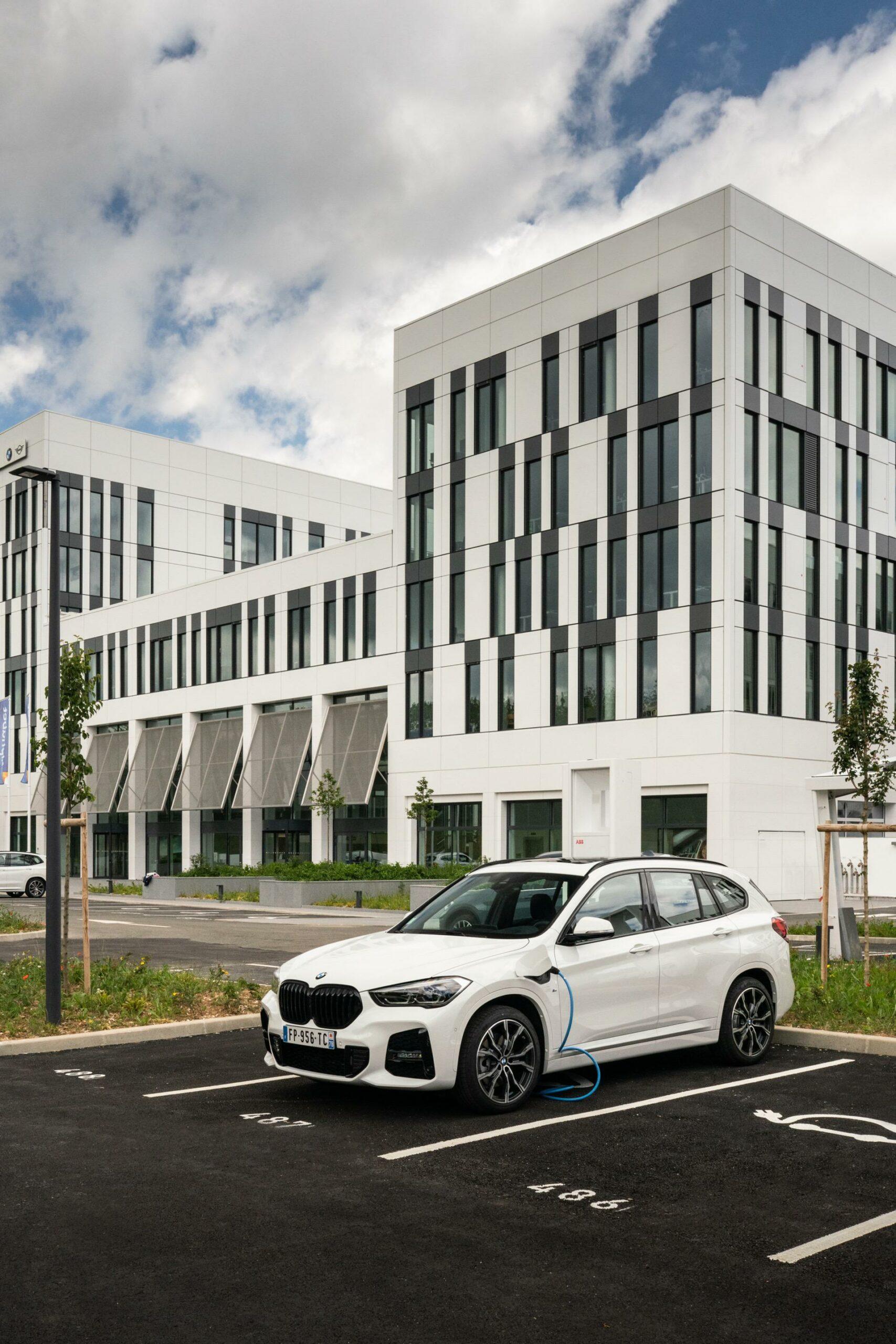 BMW X1 xDrive25e m sport 00 scaled