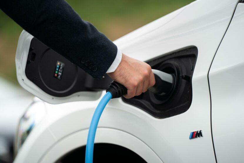 BMW X1 xDrive25e m sport 04 830x553