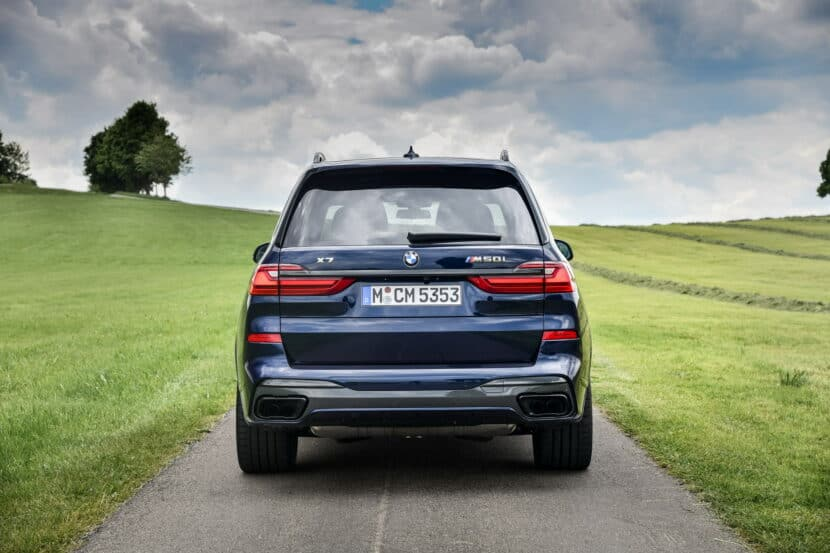 BMW X7 M50i Individual G07 in Tanzanite Blue 10 830x553