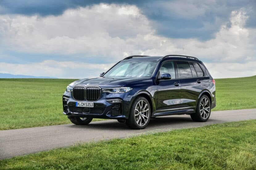 BMW X7 M50i Individual G07 in Tanzanite Blue 7 830x553
