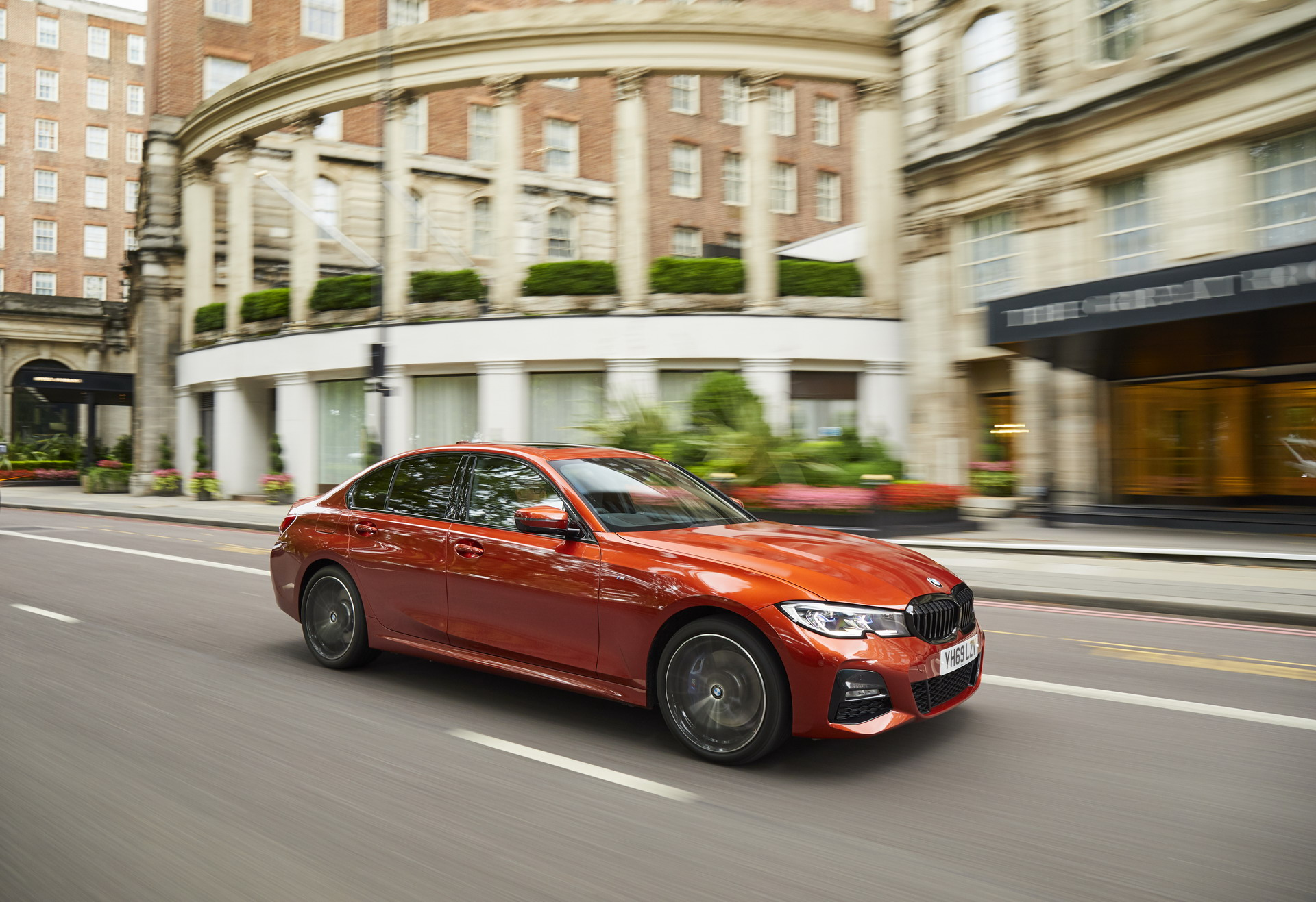 bmw launches first edrive zones in the uk