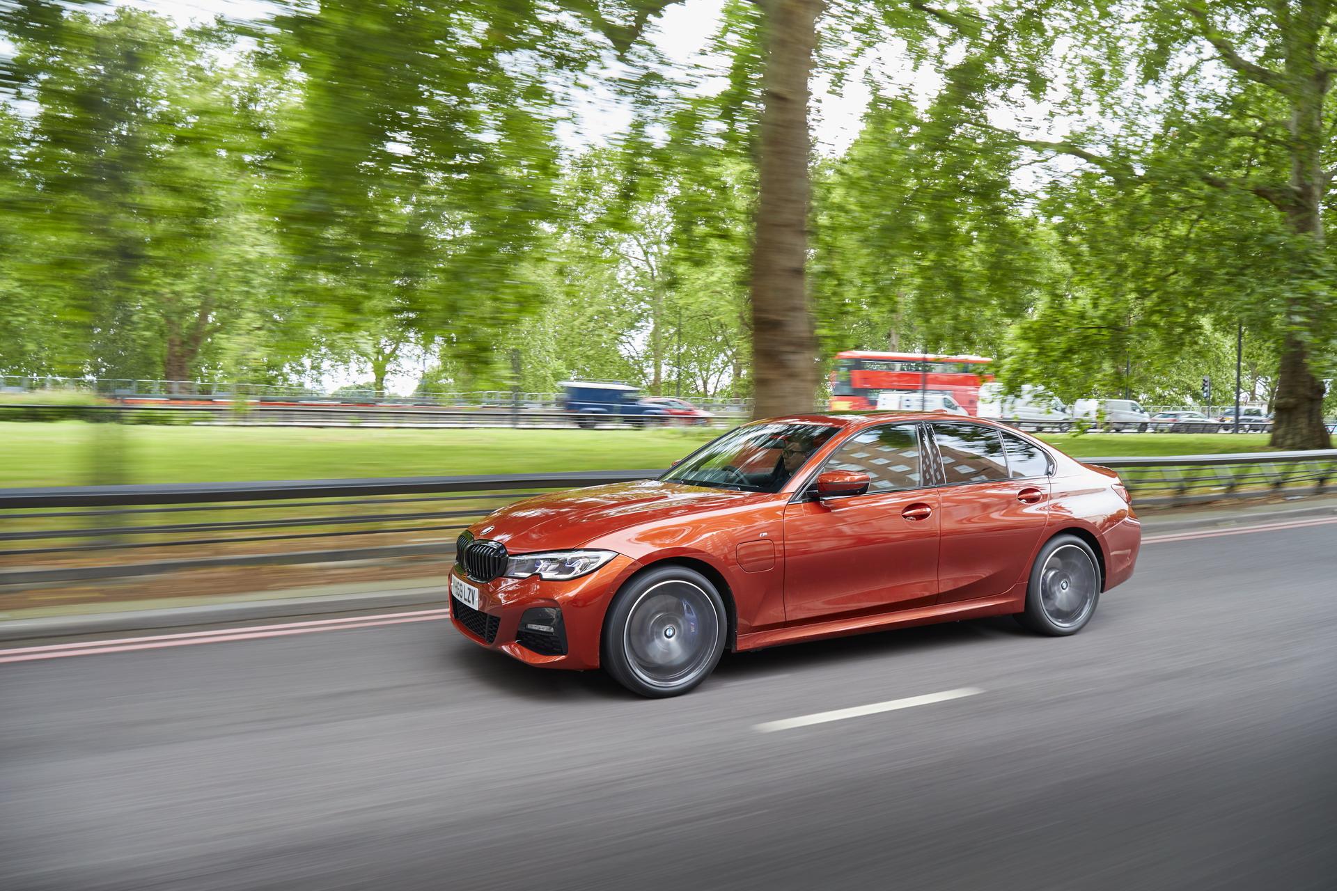 BMW launches eDrive Zones in UK 11