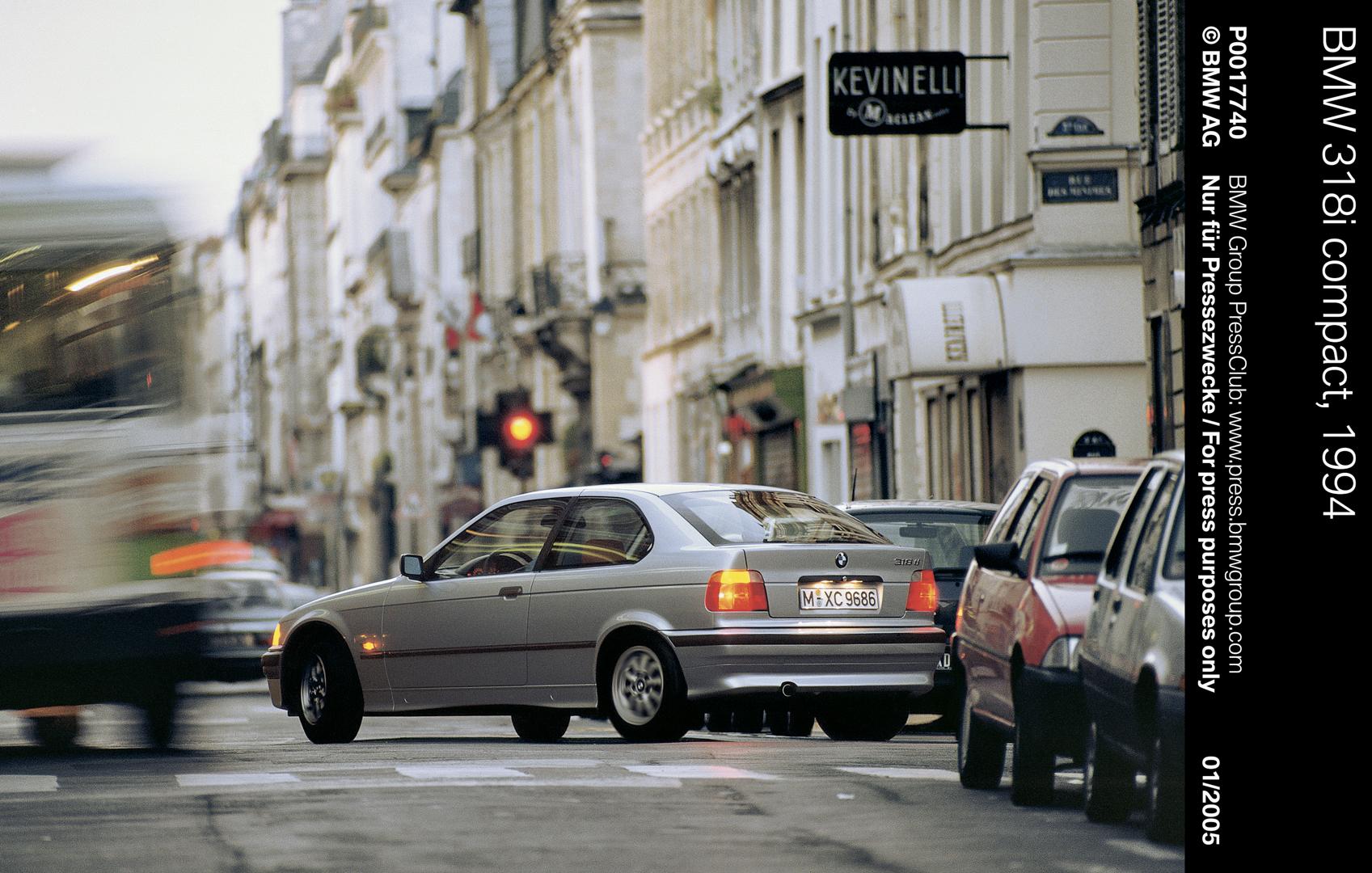 E36 BMW 3 Series Compact 1
