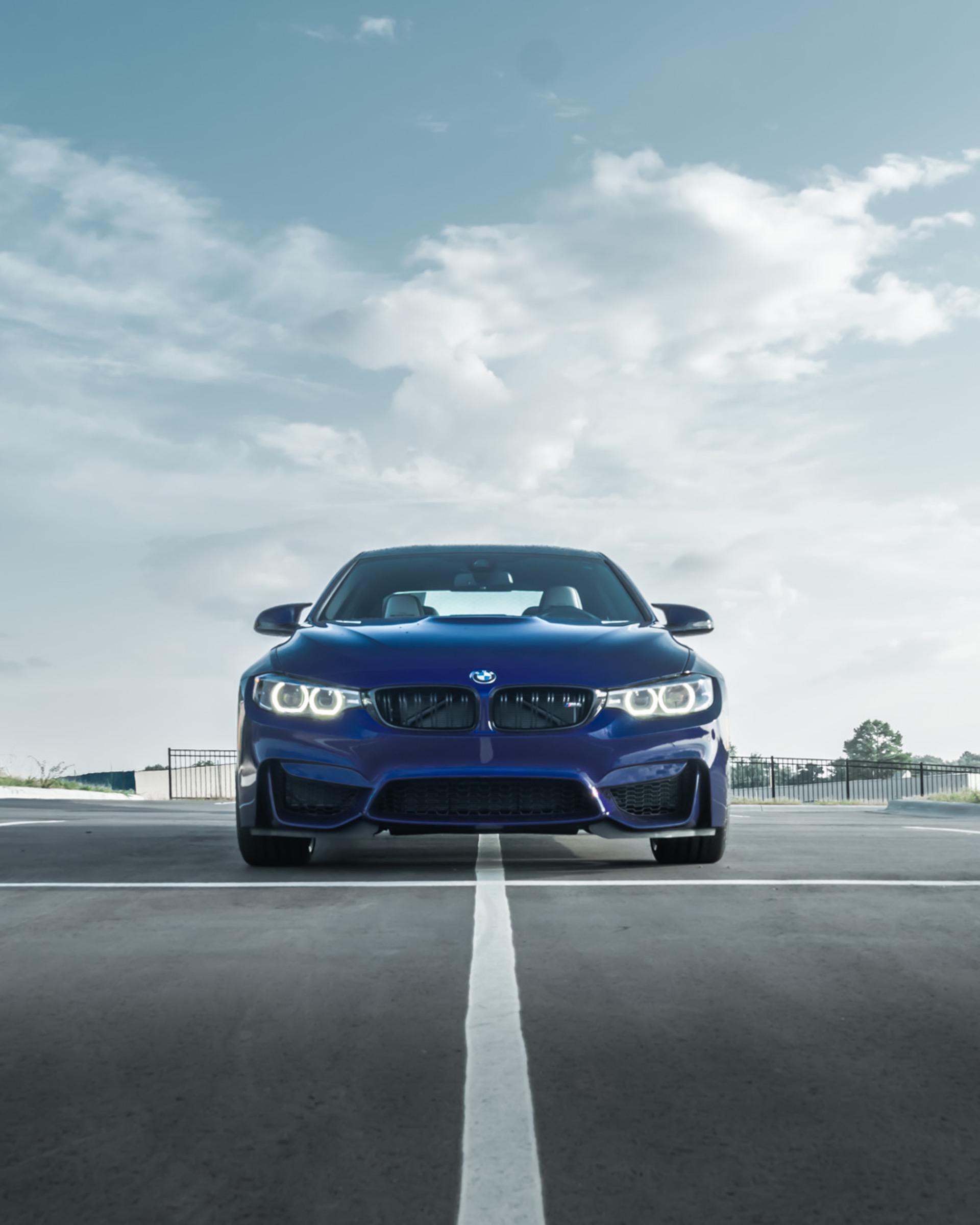 Velvet Blue BMW M4 Heritage 03
