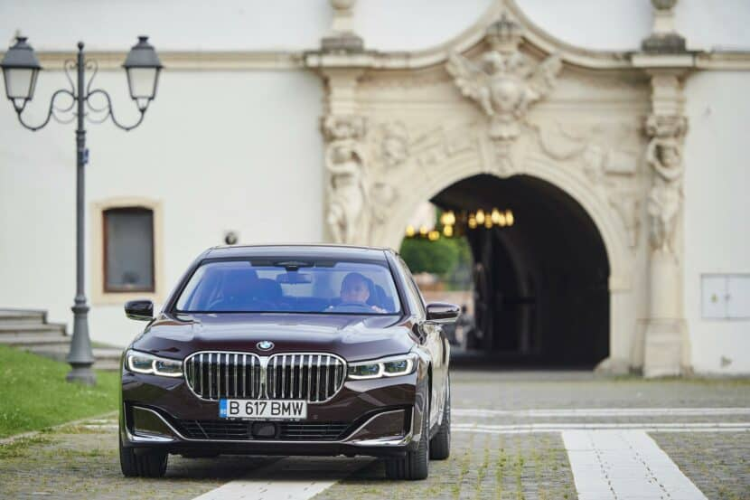 bmw m750li royal burgundy 23 830x553