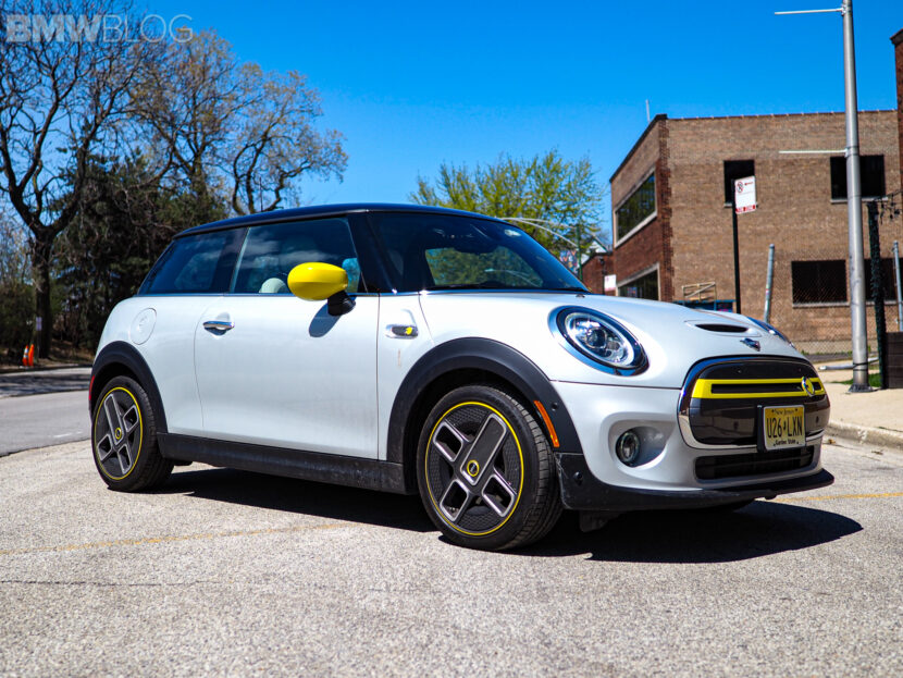 2020 mini cooper se electric 13 830x623