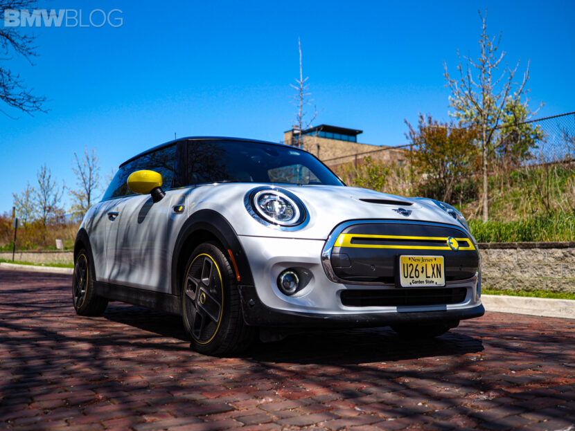 2020 mini cooper se electric 21 830x623