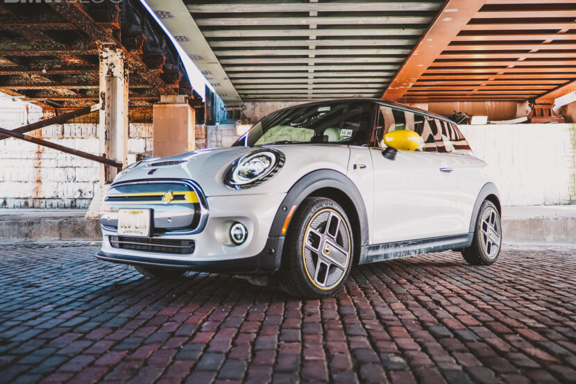 2020 mini cooper se electric 31 830x553