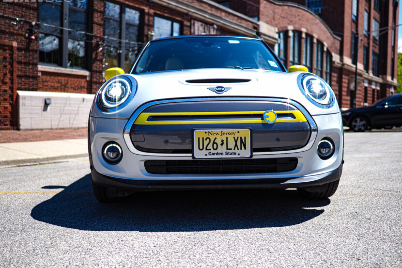 2020 mini cooper se electric 9 830x553