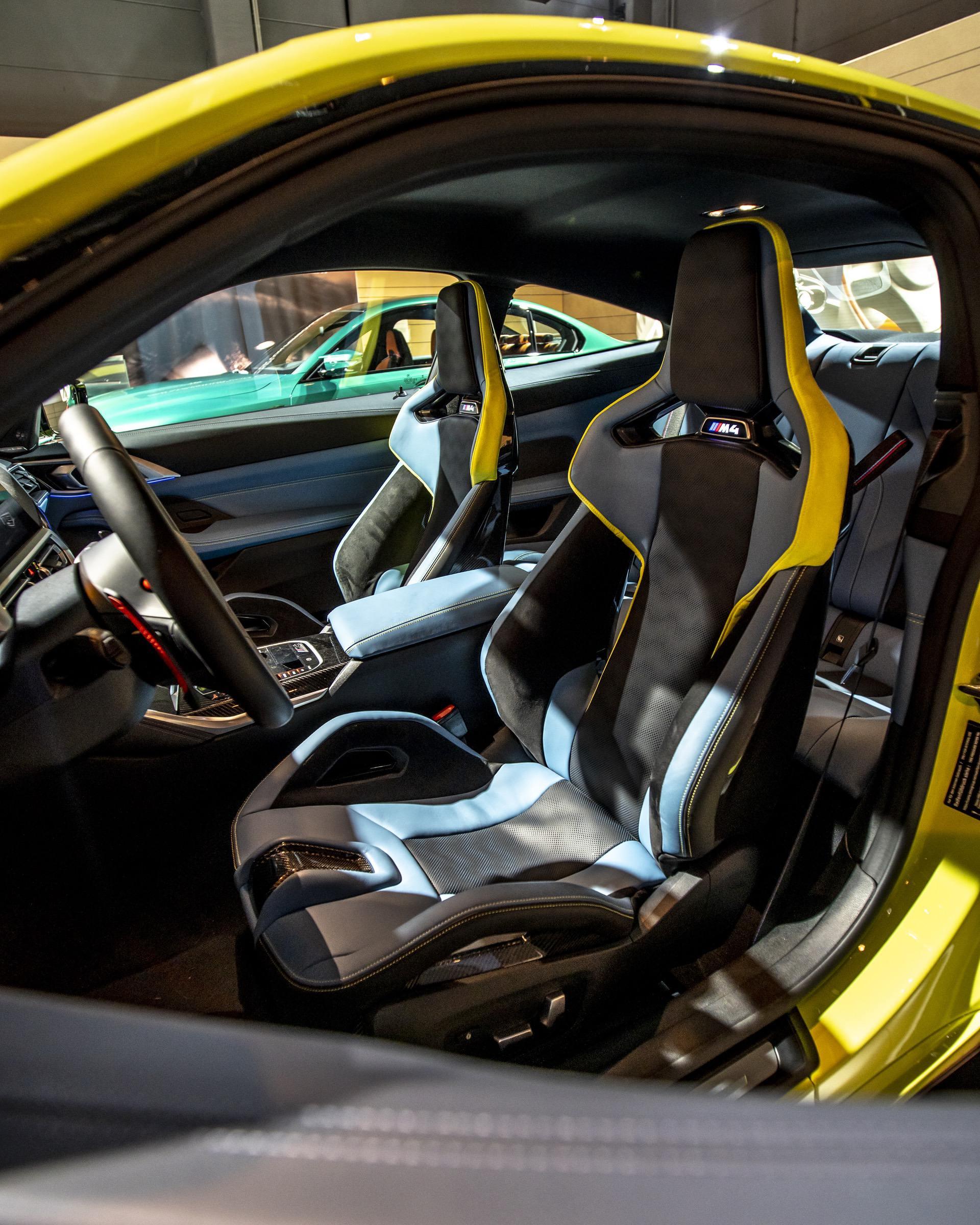 ВИДЕО: BMW детализирует интерьер новых моделей M3 и M4