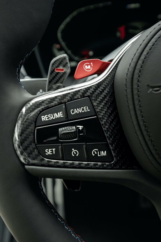 [Image: 2021-bmw-m4-competition-interior-06-553x830.jpg]