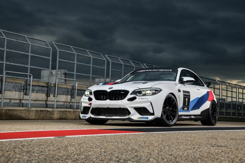 BMW M2 CS Racing 27 830x553
