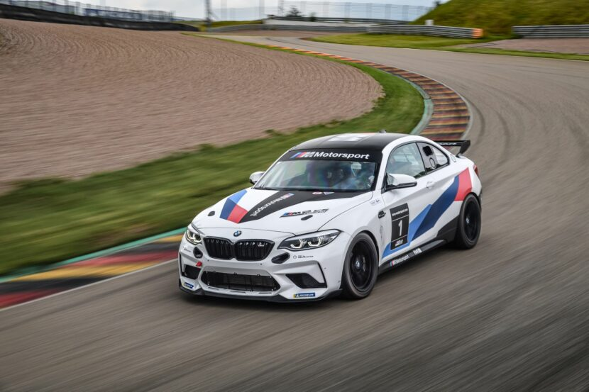 BMW M2 CS Racing 32 830x553