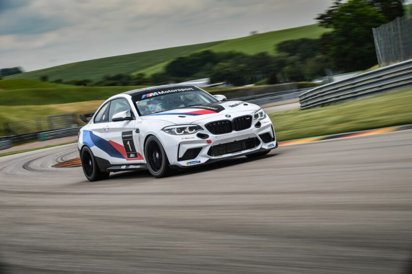BMW M2 CS Racing 36 830x553